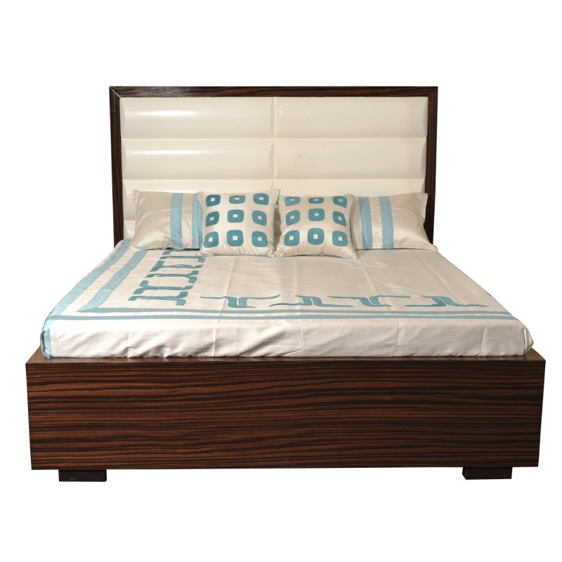 Montage Queen Bed