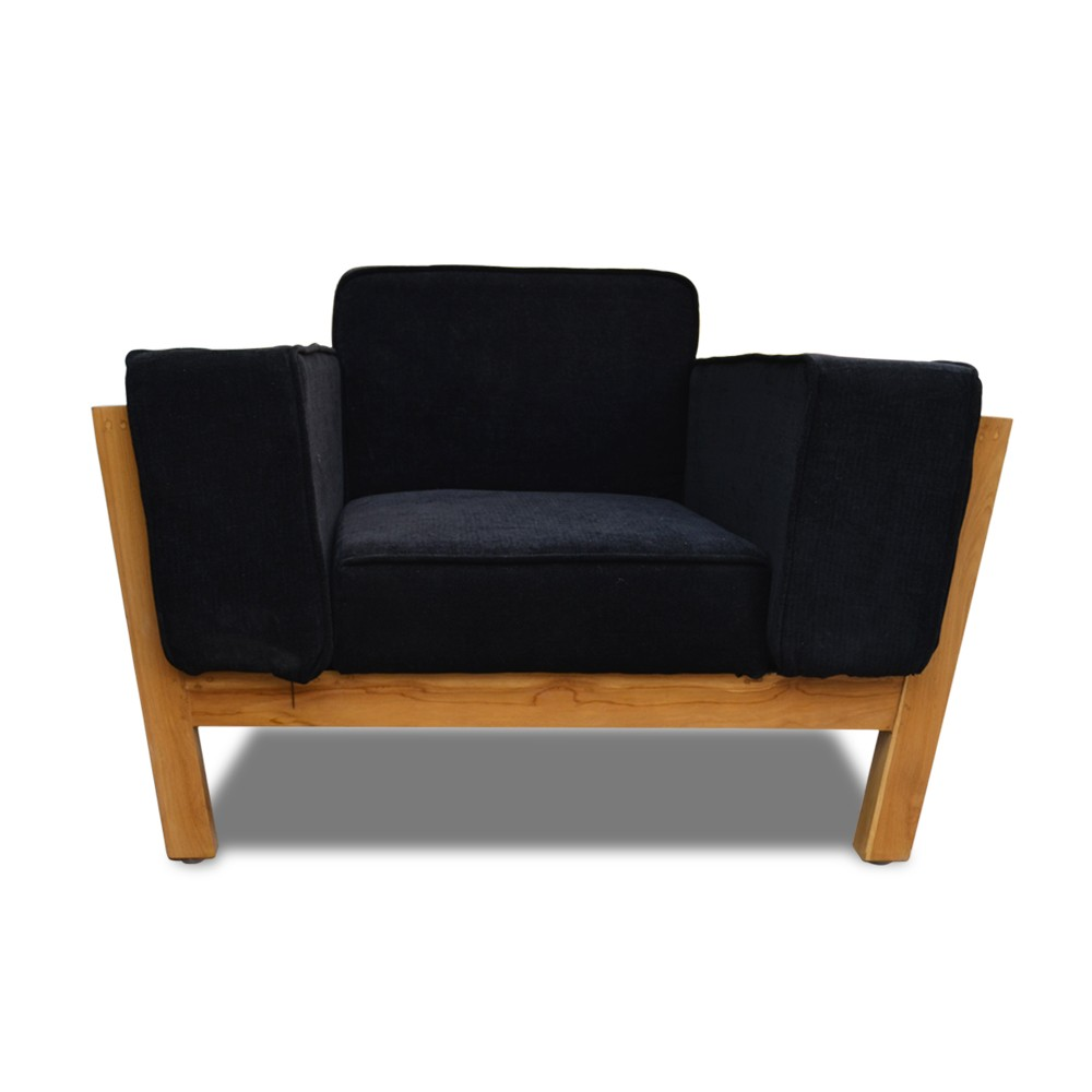 Woodard Aramchair Black
