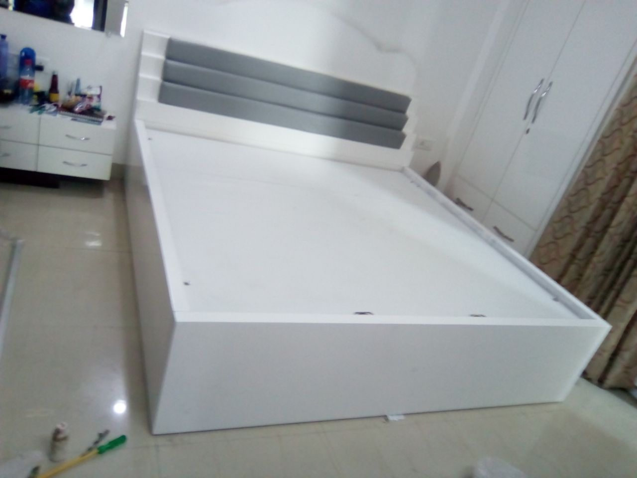 Fauxy Bed